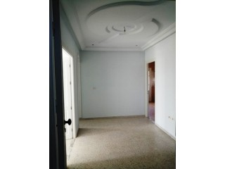 A louer appartement route menzel chaker km 4